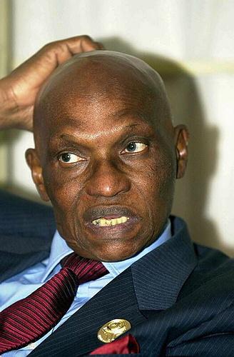 """Abdoulaye Wade compare le mouvement d'opposition suscité par sa candidature à une simple """"brise"""", alors que la France et les États-Unis ont exprimé leur souhait de voir le président faire place à la nouvelle génération. DR"""