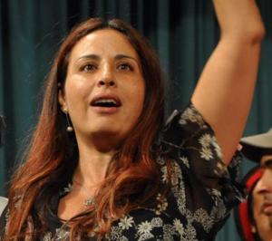 Dalila Ben Mbarek, avocate, Tunisie,Dictature de Ben Ali Révolution du 14 janvier 2011, engagement, co-fondatrice, mouvement citoyen, Destourna, assises de la société civile, Monastir décembre 2012, livre je prendrai les armes s'il le faut