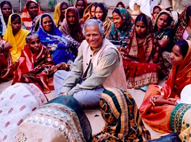 muhammad_yunus_microcredit_women