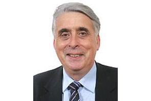 Le sénateur du Loiret et président de la Commission des Lois, Jean-Pierre Sueur