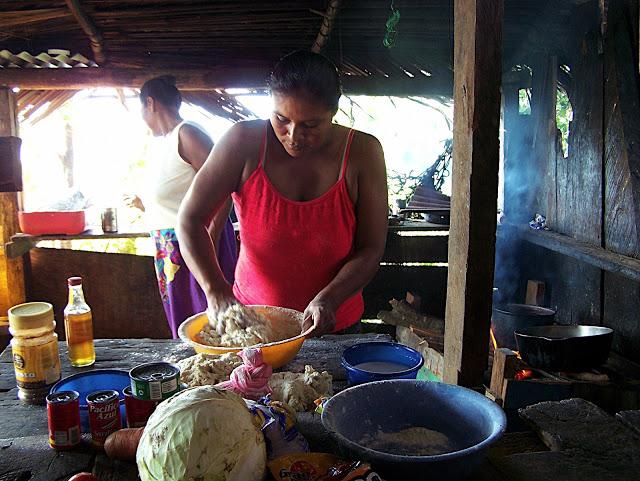 Cooking in Bang Kukuk (Rama name for Punta de Aguila).
