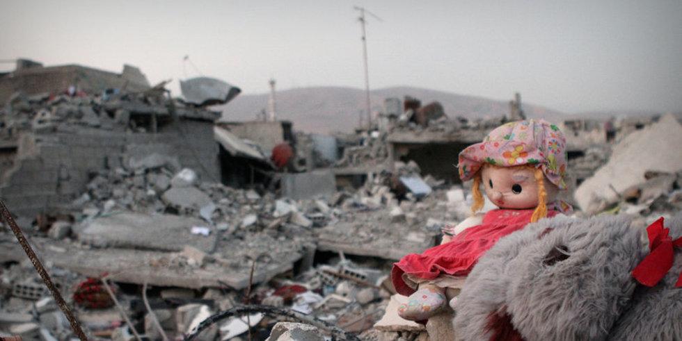 Children of war in Douma - Damascus ©2012-2014 Free1Designer - Mohhamad Aj