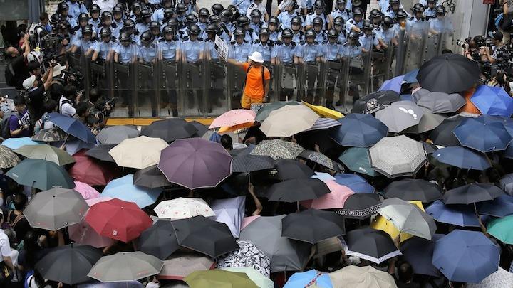 Umbrella-Revolution-Explainer-01