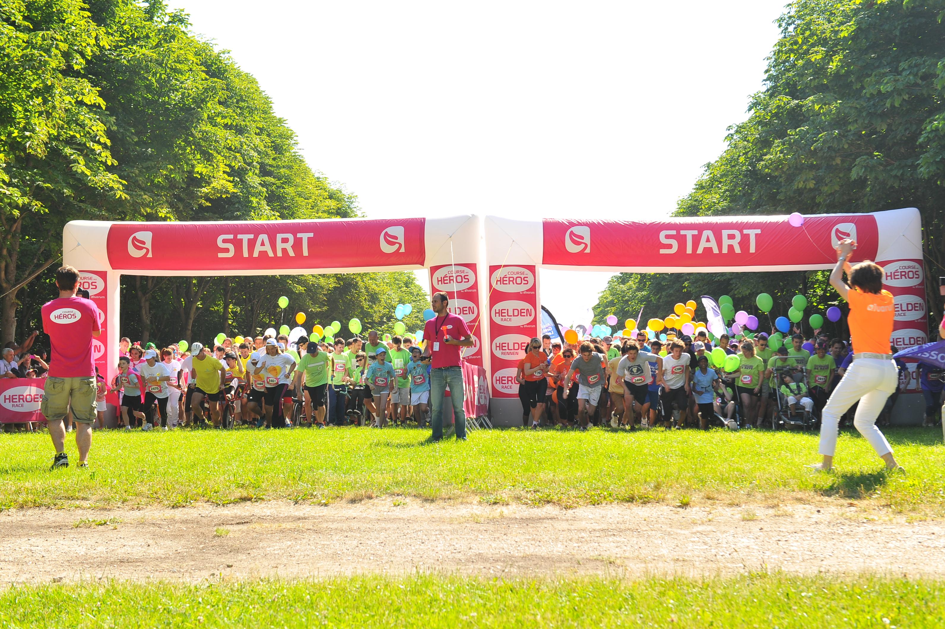 Départ de la Course des Héros - ©www.coursedesheros.com