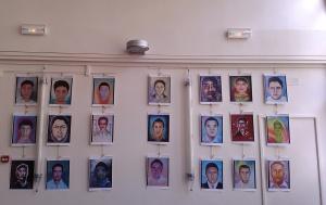 Portraits d'une partie des 43 étudiants disparus à Iguala en septembre 2014. © Claire Plisson