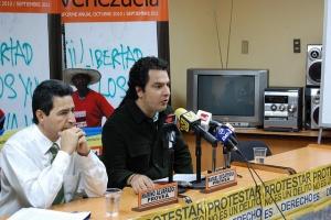 Marino Alvarado  et Rafael Uzcátegui de l'ONG Provea - Crédit : Luis Carlosdiaz / Flickr