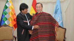 Evo Morales (à gauche) et Ban Ki-moon Capture d'écran www.rfi.fr