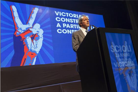 Daniel Scioli, candidat du Front Pour la Victoire aux élections présidentielles. Crédits photo: Sutherh Osperyh / Flickr CC