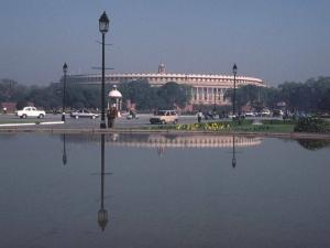 Le Parlement de Delhi a vu récemment ses séances interrompues par un grand nombre de « dérapages » dans son hémicycle. Crédit : Bill Strong / Wikimedia Commons