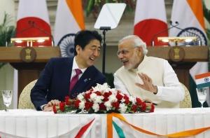 Le contrat a été signé lors de la visite du Premier ministre japonais en Inde la semaine dernière Crédit : Reuters (extrait du site www.boursier.com )