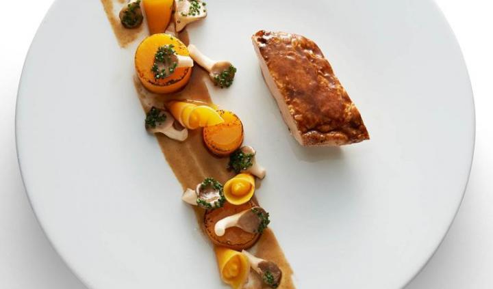 Un plat bon pour le climat : la volaille de Meaux servie au Fouquet's