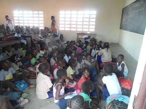 Salle de classe à Brazzaville - Crédit photo : congo-liberty.com