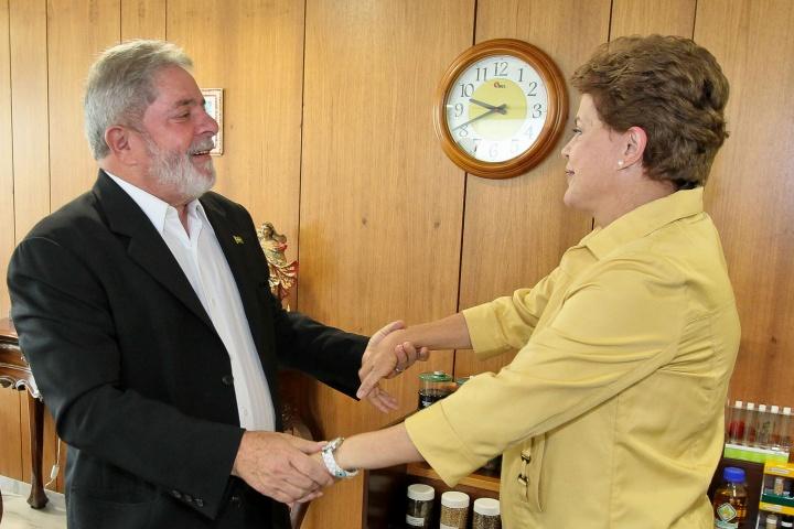 L'ancien président du Brésil, Luis Inácio Lula Da Silva dit « Lula », en compagnie de la présidente actuelle, Dilma Rousseff, en 2010 à Brasilia. - Crédit photo : Roberto Stuckert Filho.