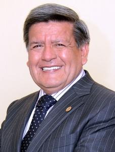 Cesar Acuña, du parti Alianza para el Progreso, un des deux candidats qui ont été  récemment écartés de la course à la présidentielle par le Tribunal national électoral.  Crédit photo : MsWikipedista - Creative Commons
