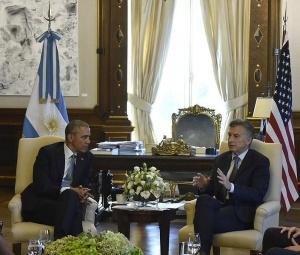 Réunion de Mauricio Macri et Barack Obama dans le palais présidentiel argentin. Crédit photo : Casa Rosada/Wikimedia Commons.