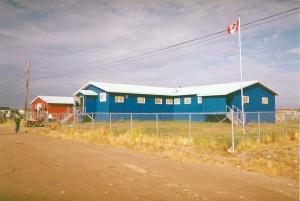 800px-Attawapiskat_First_Nation_Office_in_Attawapiskat,_Ontario,_Canada
