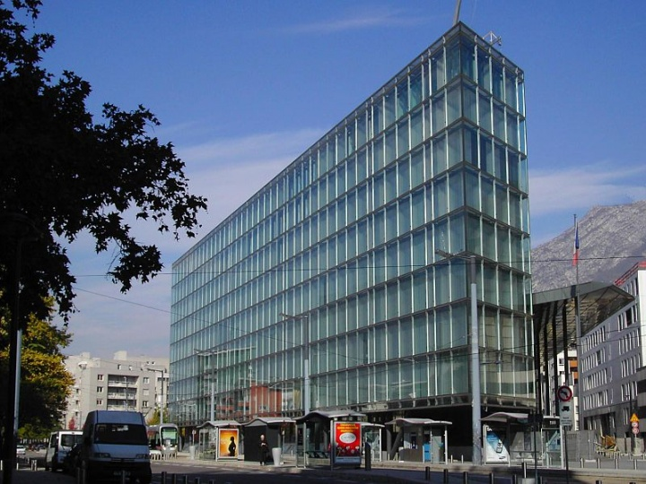 Palais de Justice de Grenoble - Crédit photo : Milky, Wikimedia Commons