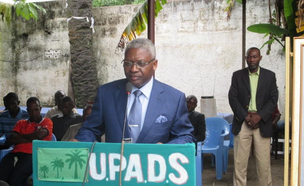 Pascal Tsaty Mabiala lors d'un meeting - Crédit photo réservé.