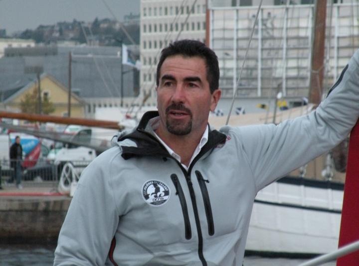 Luc Alphand au Havre lors de la Transat Jacques Vabre 2011 - Crédit photo : Pymouss légende :