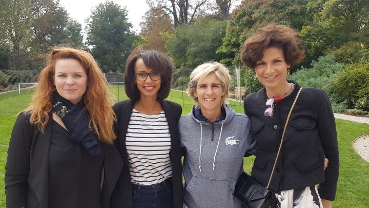 de gauche à droite : Myriam Baverel, Sonia Rolland, Émilie Loit, Dominique Carlac'h