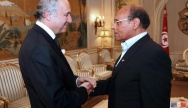 Le président Tunisien, Moncef Marzouki accueille le ministre des Affaires étrangères, Laurent Fabius le 14 mai à Tunis