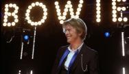 David Bowie lors de sa tournée à Chicago en 2002 -  Crédit : Adam-Bielawski / Wikimedia Commons
